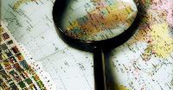 Tres tipos de líneas de contorno encontradas en los mapas topográficos. Las líneas de contorno traducen características tridimiensionales de la Tierra en un mapa topográfico de dos dimensiones. Los mapas topográficos son útiles para el excursionismo y la orientación. También lo son para la planificación del uso de la tierra. Hay tres tipos principales de líneas de contorno que podrás encontrar en un mapa topográfico.
