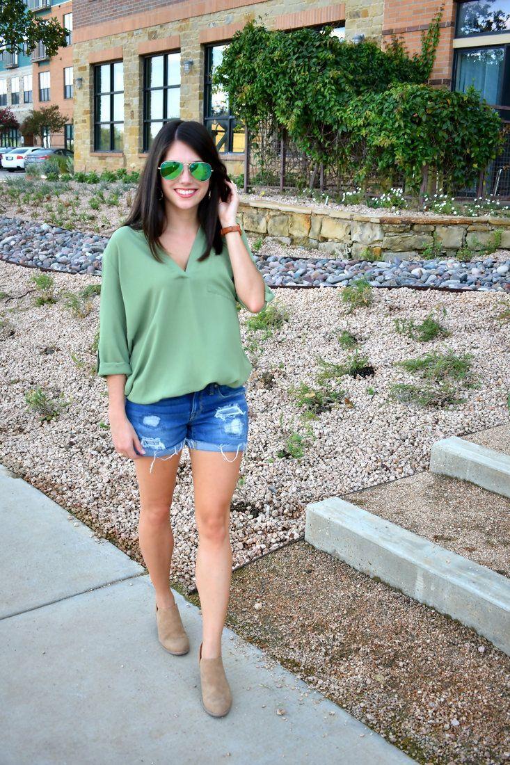 Lush tunic, Target boyfriend shorts, Lulus booties, Ray ban sunglasses