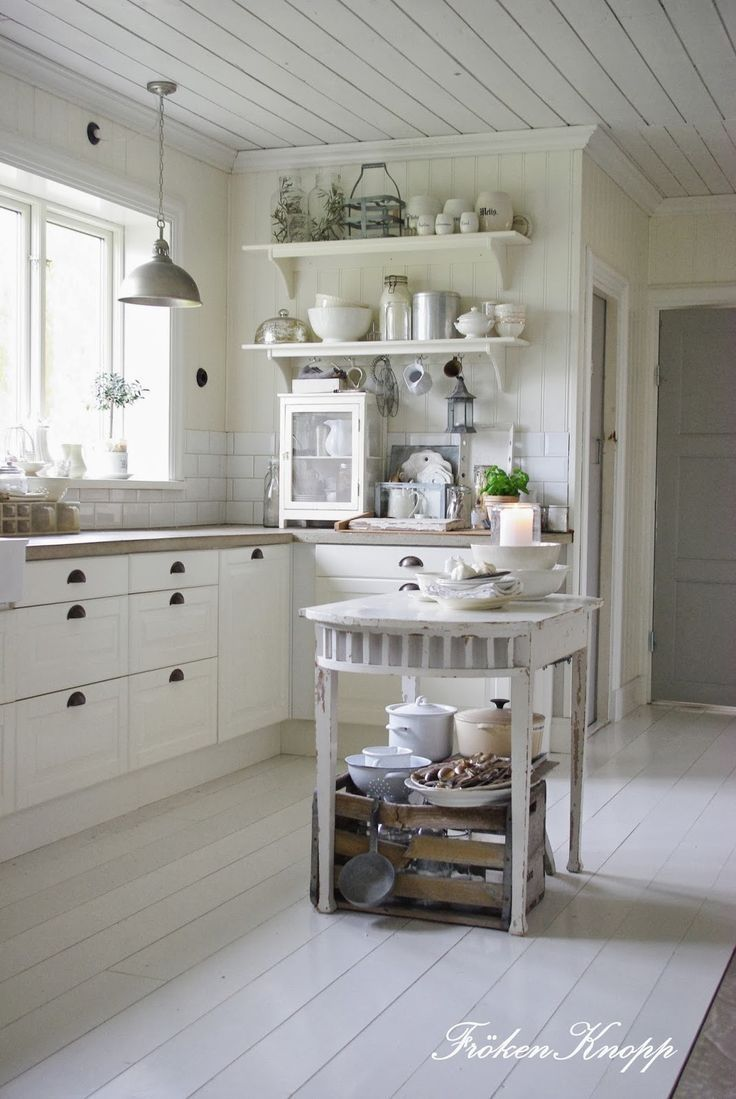 Oltre 25 fantastiche idee su cucine in stile francese su - Cucine stile francese ...