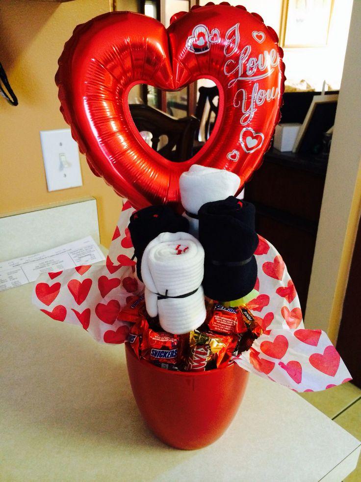 Diy valentine gifts for him diy ideas pinterest for Small valentines day gifts for him