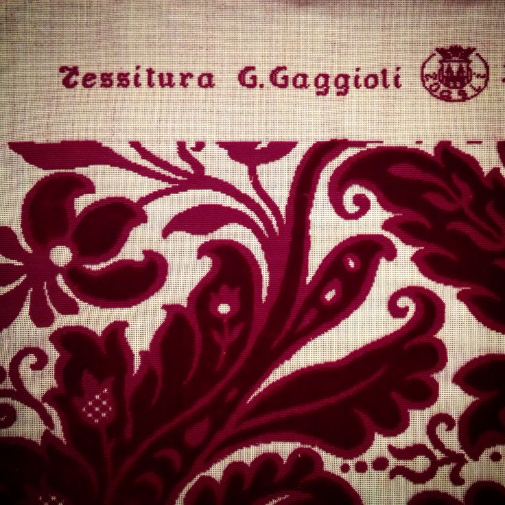 10cm by day! #tessituragaggiolizoagli a precious little reality where tradition is still alive. From 1932 velvet and damask handmade by an old wooden loom