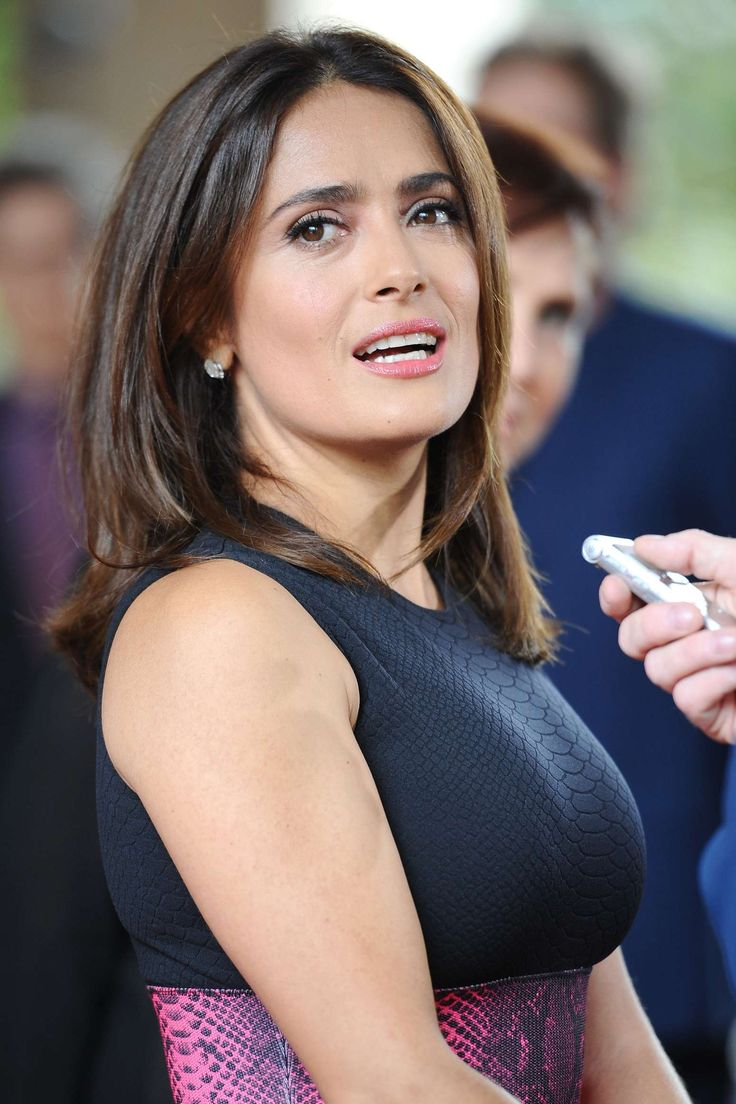 Salma Hayek Body Measurements Height 2016 Weight Bra Waist Sizes Bio - Celebrities Favorites With Body Measurements