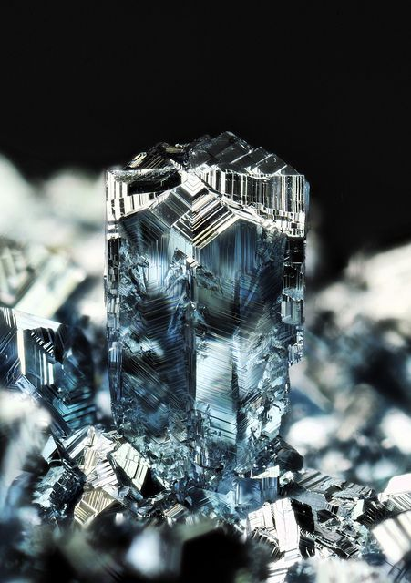 Osmium - platinum family, the densest naturally occurring element, with a density of 22.59 g/cm3.  mw