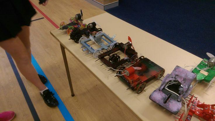 8tm1 & 2s bots close up