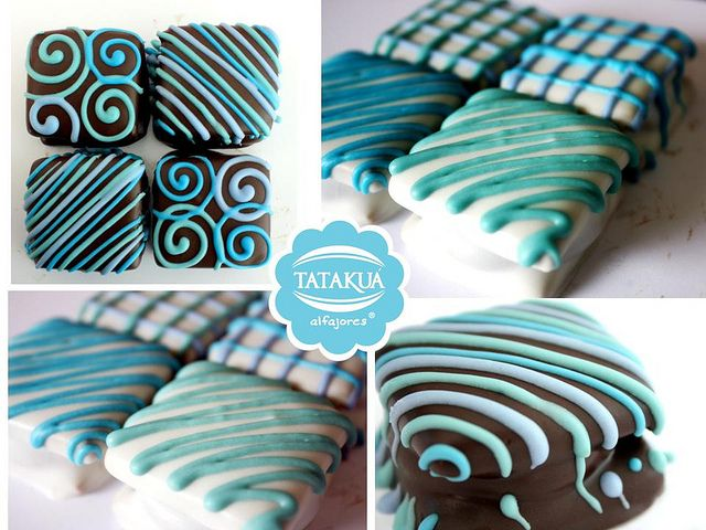 "Lovely decorated ""alfajores"""