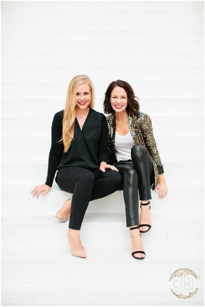 Outfit inspiration: How to style black leather pants, white t-shirt and gold sequins blazer!  Yes please!