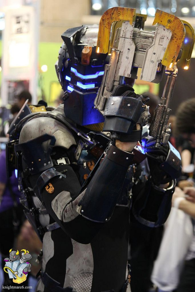 dead space 2 issac clarke advanced suit cosplay