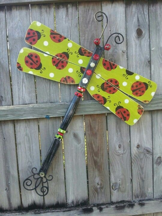 LuvBugz :) ... Ceiling fan blade and table leg dragonfly ... Fence art. Garden Critter Collection by Bless Your Heart Art! kathryncrews@comcast.net