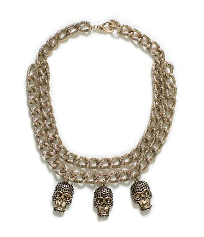 WIDE LINK GOLD CHAIN NECKLACE WITH SKULLS