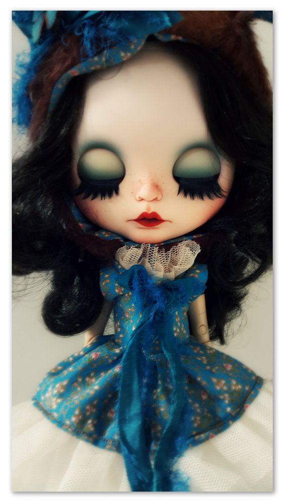 "Blythe doll ""Mia Sue"" so cute and unique!"