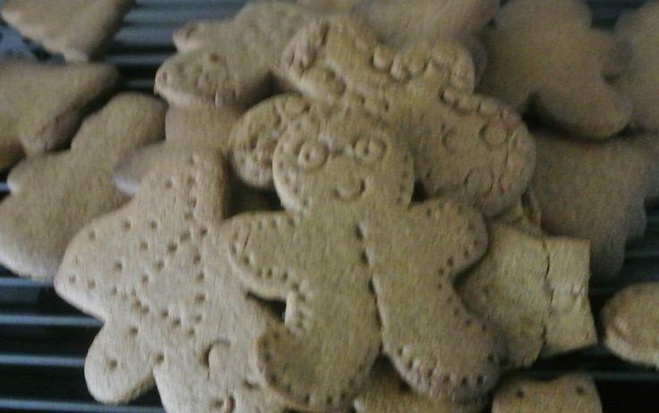 Voedingscoach i.o. Saffira Trustfull | Blog over een gezonde levensstijl. www.4ra.nl 4RA's Kerst kruidenkoekjes (e-nummer vrij)