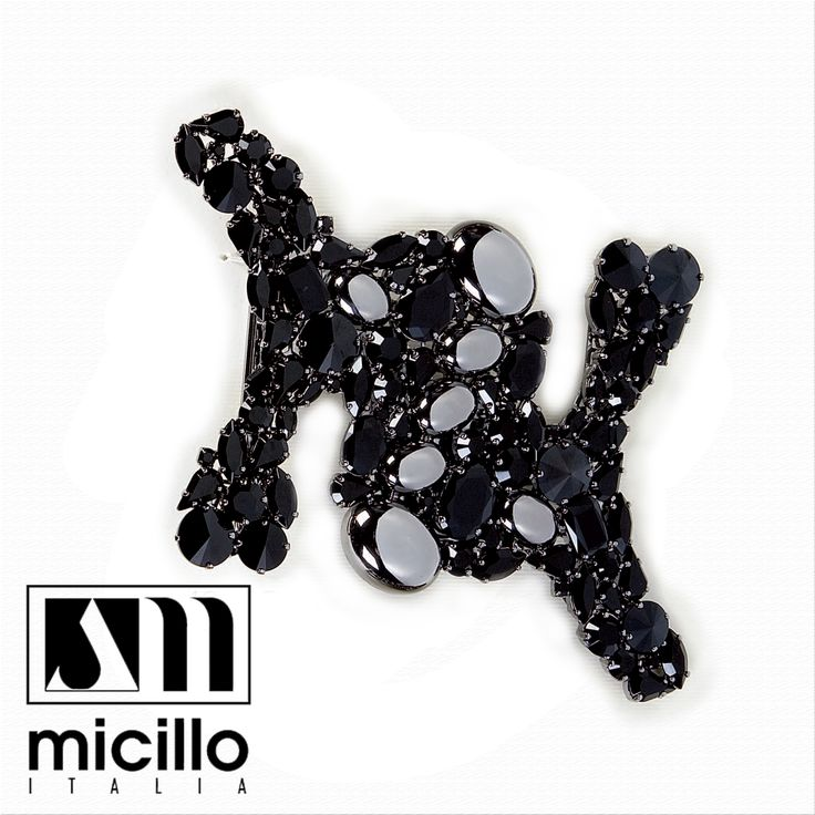In your shopping list can not certainly miss this absolute #jewel!❤️💫 Visit https://goo.gl/kaRA6Y  #fur #accessories #outfit #womanfashon #micilloitalia 🔝 #button #black #buttons #madeinitaly 🇮🇹 #classy #luxurylife #furs #crystal #fashiondiaries #musthave #ootd #swarovski 💎 #handmade  #details #detailsoftheday 💖 #jewerly #strass #jewellery #jewelgram
