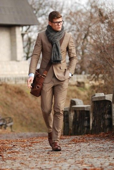 H Suit, Massimo Dutti Shoes, Fossil Bag... #menswear #style