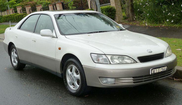 ES 300 was the best-selling Lexus sedan in the 1990s
