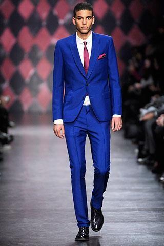 Синие мужские деловые костюмы