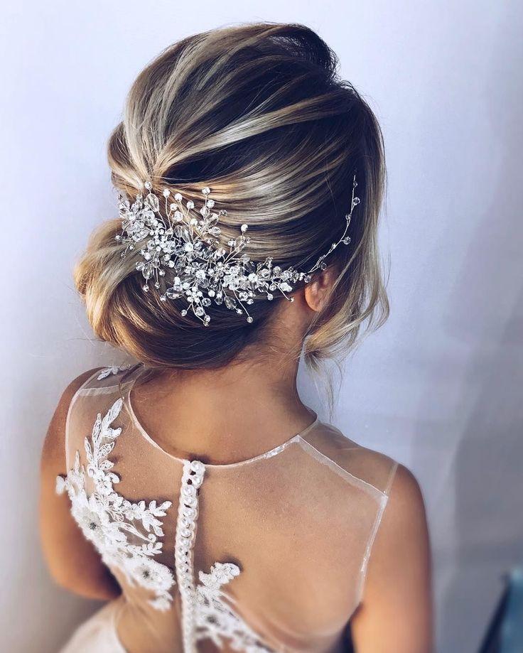 Gorgeous updo wedding hairstyle – bridal hairstyle ideas #hairstyle #weddinghair…
