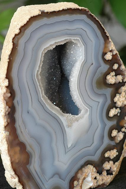 Grandma was a rock-hound.  She had slices of jasper, agates, thunder-eggs all around her house, as well as rocks.  Tumbled, untumbled.  Lovely things.  Blue Lace Agate