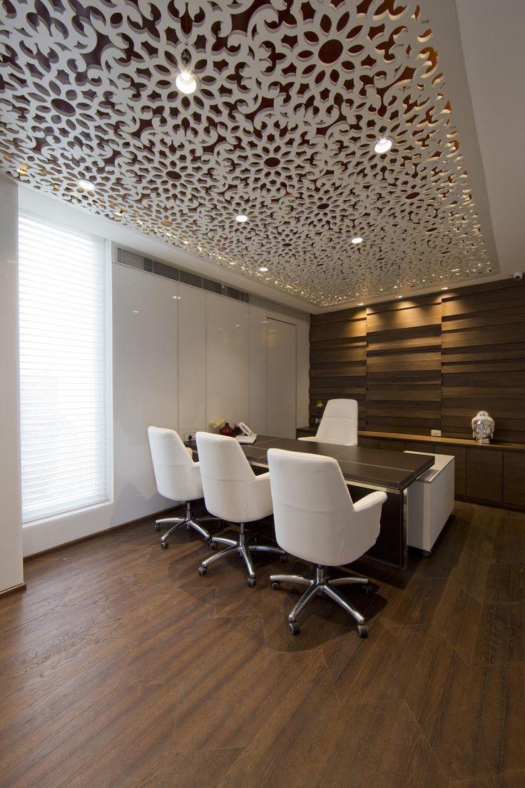 Дизайн интерьер офиса: 65 лучших фото со всего мира http://happymodern.ru/interer-ofisa/ Руководительский офис в компании, занимающейся инвестициями в строительство. Гургаон (штат Харьяна), Индия Смотри больше http://happymodern.ru/interer-ofisa/