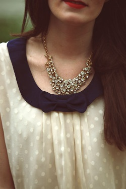 Great necklace, great shirt.: Blouses, Polka Dots, Statement Necklaces, Shirts, Polkadot, Red Lips, Collars, Bows, Chunky Necklaces