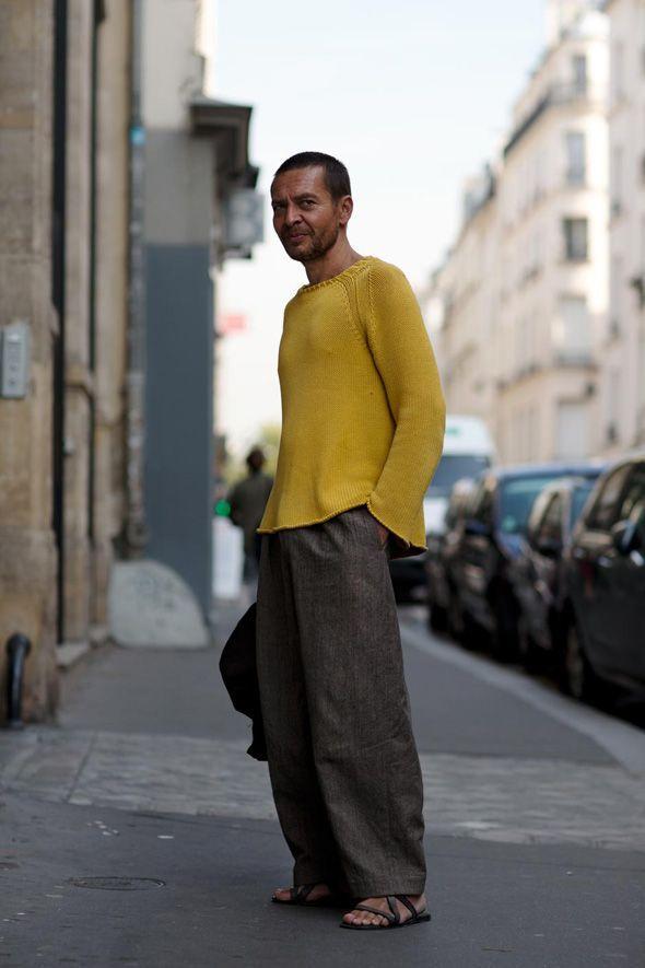 ワイドパンツのおしゃれメンズコーデ50選|春夏から冬までセンスよく履く方法|JOOY [ジョーイ]
