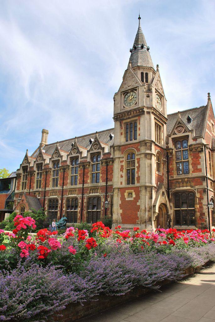 Pembroke College | Cambridge