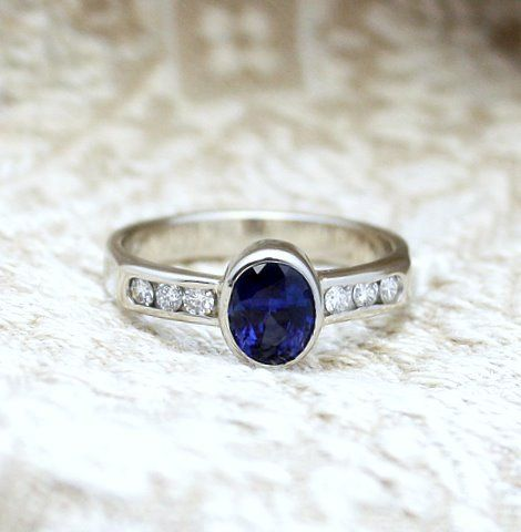 14k White Gold Ring with Sapphire and Diamonds by Ted Devine. See Ted at the 2013 One of a Kind Christmas Show, November 28 to December 8 at the Direct Energy Centre!
