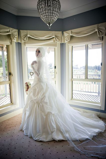 Modern Muslim Wedding Dress!
