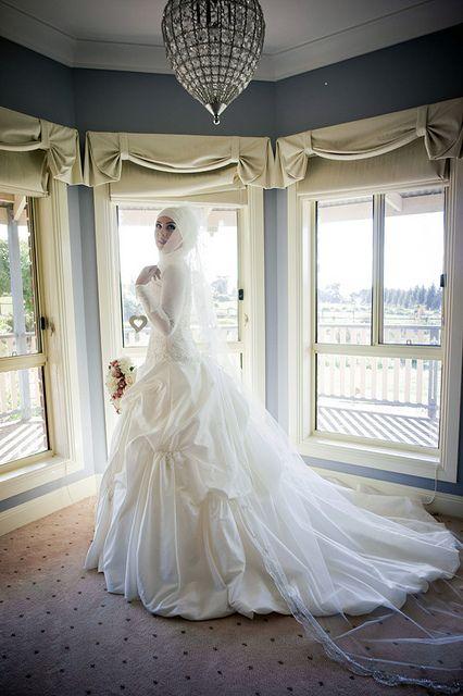 Modern Muslim Wedding Dress!