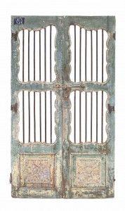 puerta antigua verde