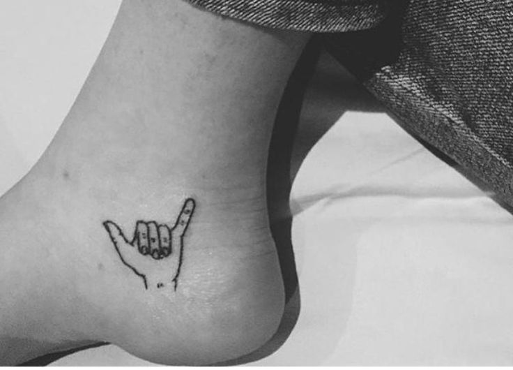 New Trend Men Foot Tattoo Models 2017