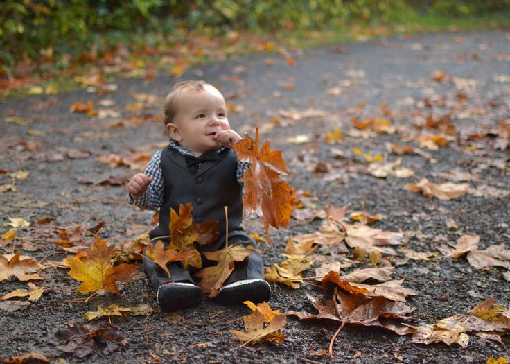 Fall photo shoot with this guy <3. #sister #nephew #love #fall #photography #portraiture #nikon #2016 #family #canada