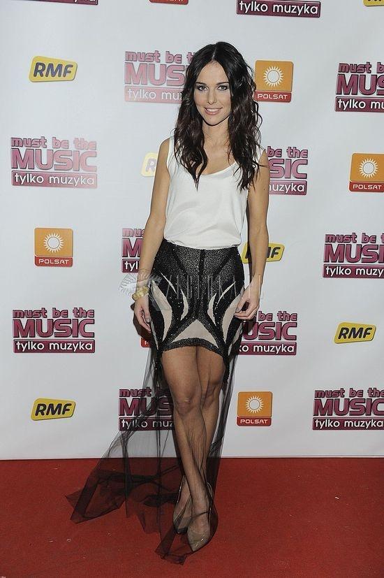 paulina sykut black skirt :)
