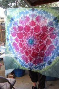 OMG these are beautiful...karleen's big mandala from Shibori Girl | No tutorial, but some pretty instructive pictures of the process — amazing results!