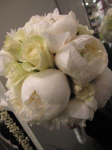 brudebukett hvite peoner
