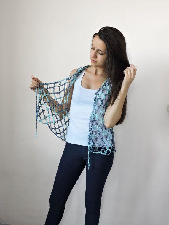 Chaleco azul Crochet luz azul desgaste de verano por IrensKnitting