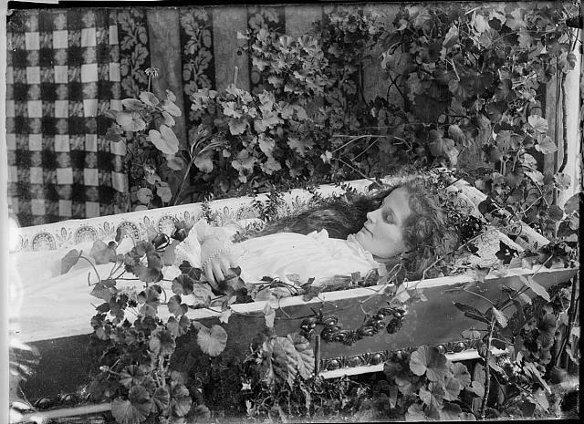 Post Mortem by FinnCamera, via Flickr