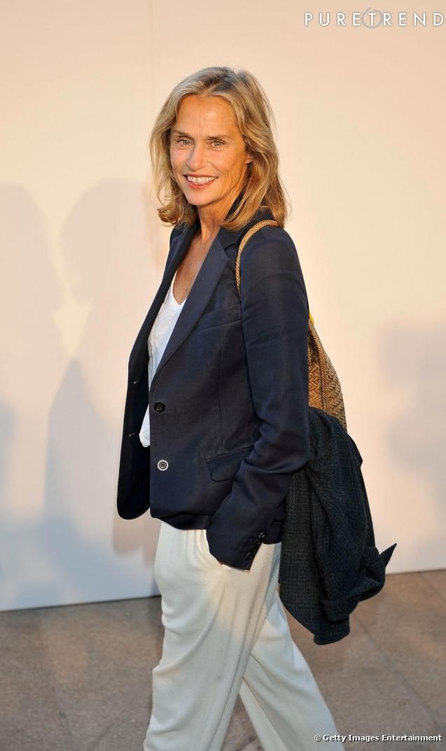 "Forget the prevailing teenage obsessed ""thigh-gap"" trend, the ""front-tooth-gap""should be the craze..certainly less stressful!! Lauren Hutton made it perennially Vogue...always chic!"