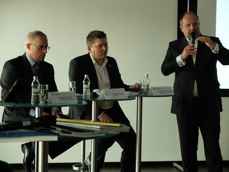 Raport Ekstraklasa piłkarskiego biznesu 2014. Konferencja prasowa na Stadionie Narodowym http://www.ey.com/pl/ekstraklasa