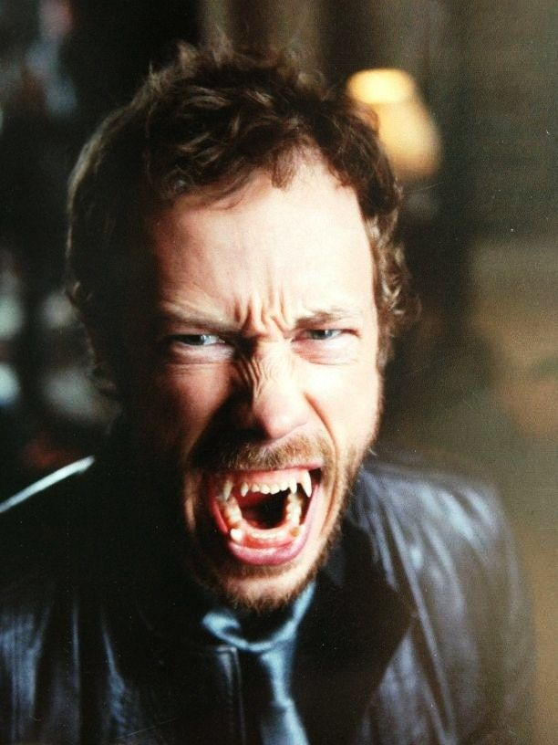 Kris+Holden-Reid | Kris Holden-Ried - Lost Girl Photo (33338086) - Fanpop fanclubs
