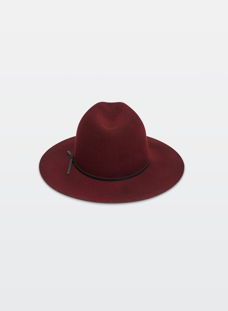 Wilfred CÉCILE HAT from Aritzia! #GiftOfStyle