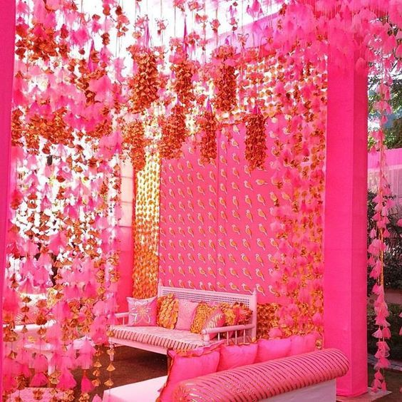 Decorating your mandap with gota along with some flowers, lights and props is a fabulous idea. The best part about this decor is that you can use this decor during day or night function, indoor or outdoor functions. Have a look at these pictures to get an idea.