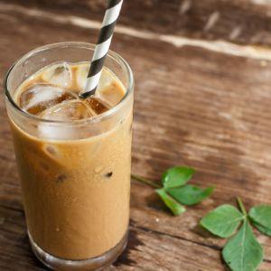 Café Frappé, recette très populaire en Grèce - Feuille de choux