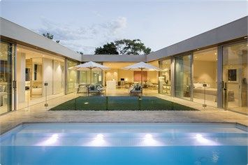Natural Pools - Fully Tiled - Concrete Pool - Backyard Pool - Landscaping - Pool Landscaping - Blue Pool - Courtyard Pool - Pool Melbourne
