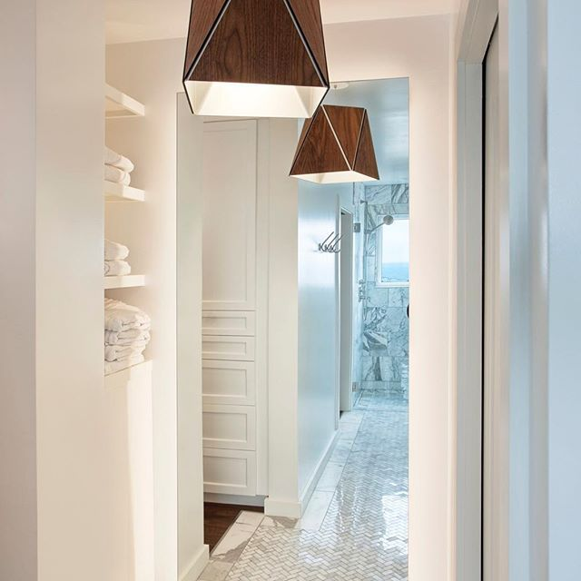 A Scandi Style Kitchen And Bathroom With A Coastal Cool Feel: 25+ Best Ideas About Bathroom Pendant Lighting On