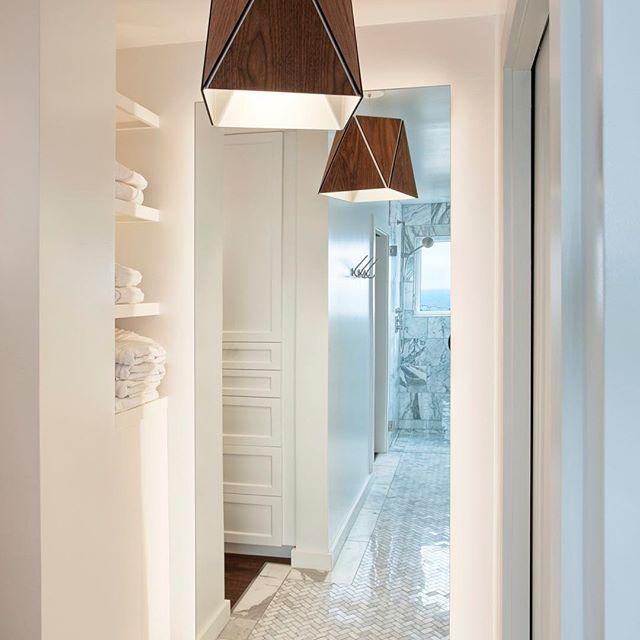 25 Best Ideas About Modern Master Bedroom On Pinterest: 25+ Best Ideas About Bathroom Pendant Lighting On