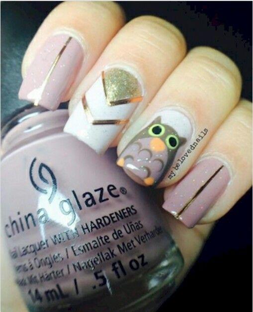 Lindas uñas con un búho :) me encantaron!!! ♡