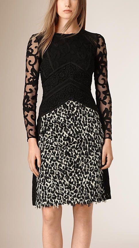 Creme/preto Vestido tubinho de renda italiana e fil coupé - Imagem 1