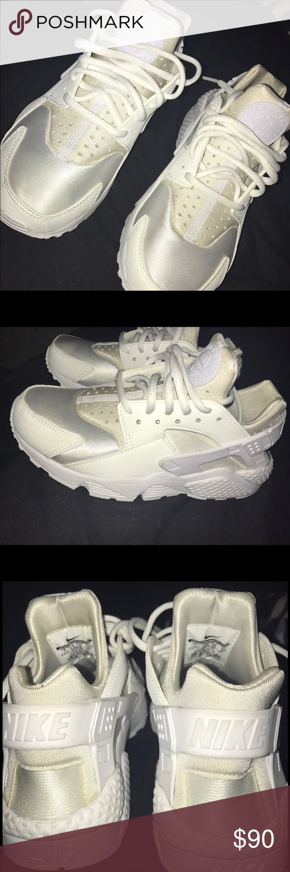 All white nike huarache shoes. Size 7 Condition: 9.5/10 Nike Shoes Athletic Shoes