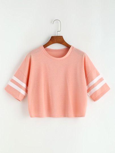 Camiseta corta de raya universitaria de hombro caído - rosa