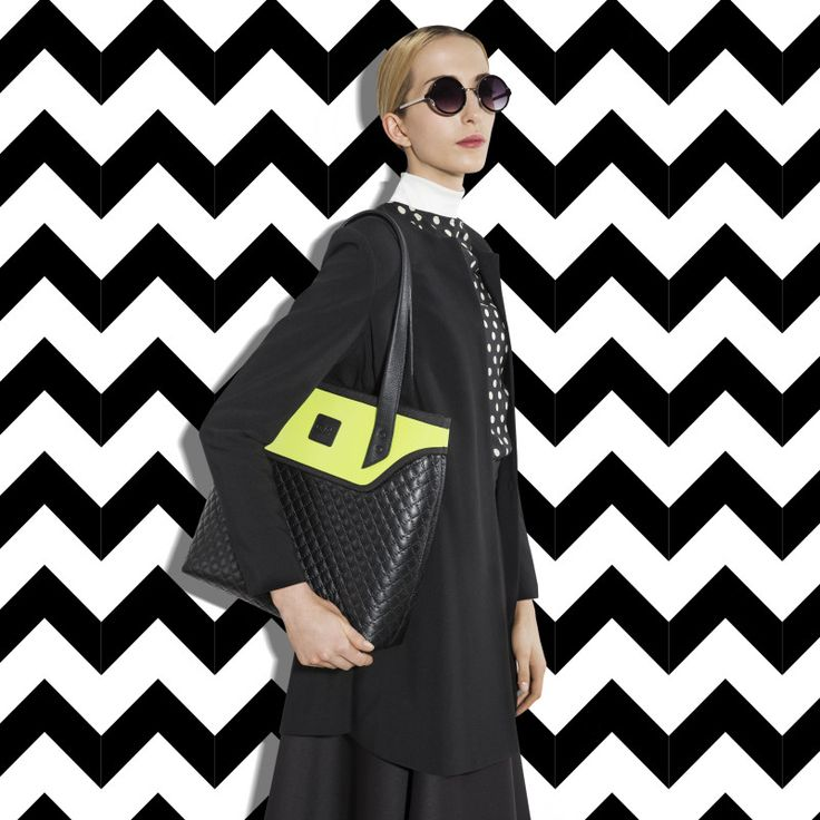 GOSHICO, photo shoot, ss2015, Flowerbag, (shoulder bag), black + lime. To download high or low resolution photos view Mondrianista.com (editorial use only).